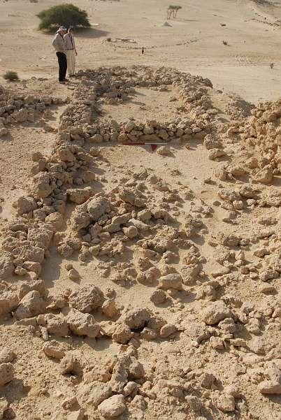 Fundamente eines Gebäudes auf der Festung von Asaila (Foto: DAI)