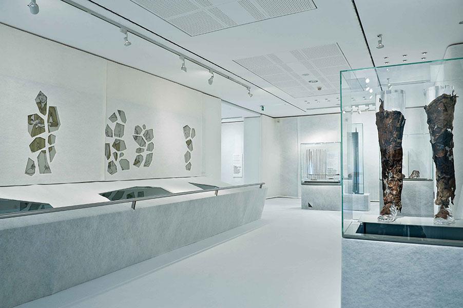 Blick in die Ausstellung Ötzi20
