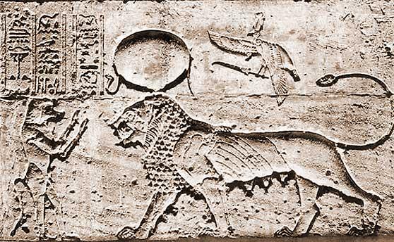 Thot als Affe besänftigt die Löwin Tefnut (aus: Roeder 1930)