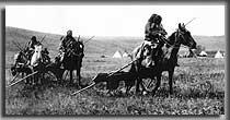 In der Mitte des 17. Jahrhunderts stiegen die Prärieindianer durch das zur Büffeljagd abgerichtete Pferd vom Fußgängerdasein zum Pferdevolk auf (Bild: Federseemuseum)