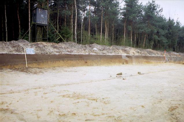 Oberesch: Grabungsschnitte bis 2007, Wallanlage und Knochengruben (Abb.: Varusschlacht im Osnabrücker Land, Museum und Park Kalkriese, Abt. Archäologie)